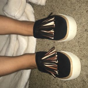 Toms Slip ons Size 7